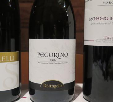 sartarelli, deangelis pecorino, rosso piceno