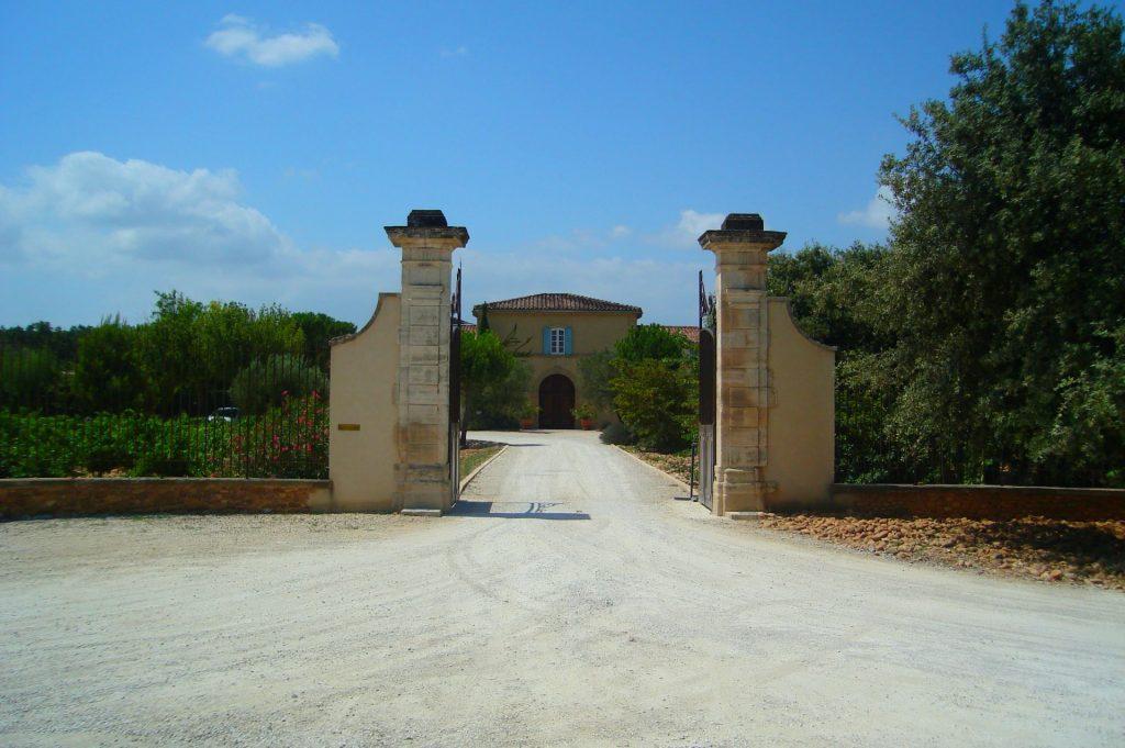 Château de Beaucastel-de entrée