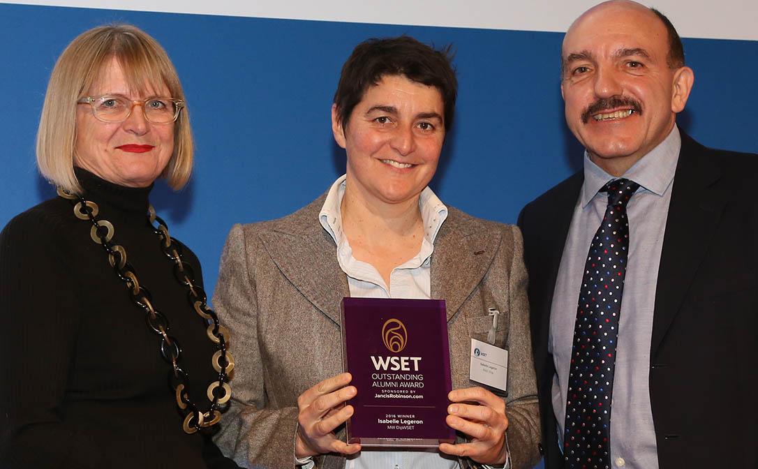 Outstanding alumni award (Foto: wsetglobal.com)
